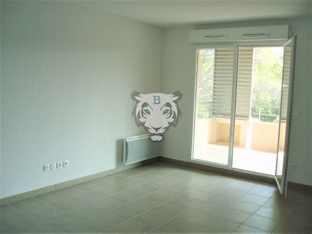 Vente Appartement Appartement  à Roquebrune sur argens