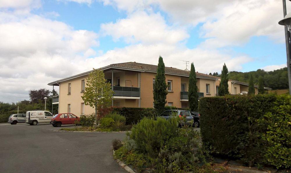 Location Appartement Appartement  à Castillon-la-bataille