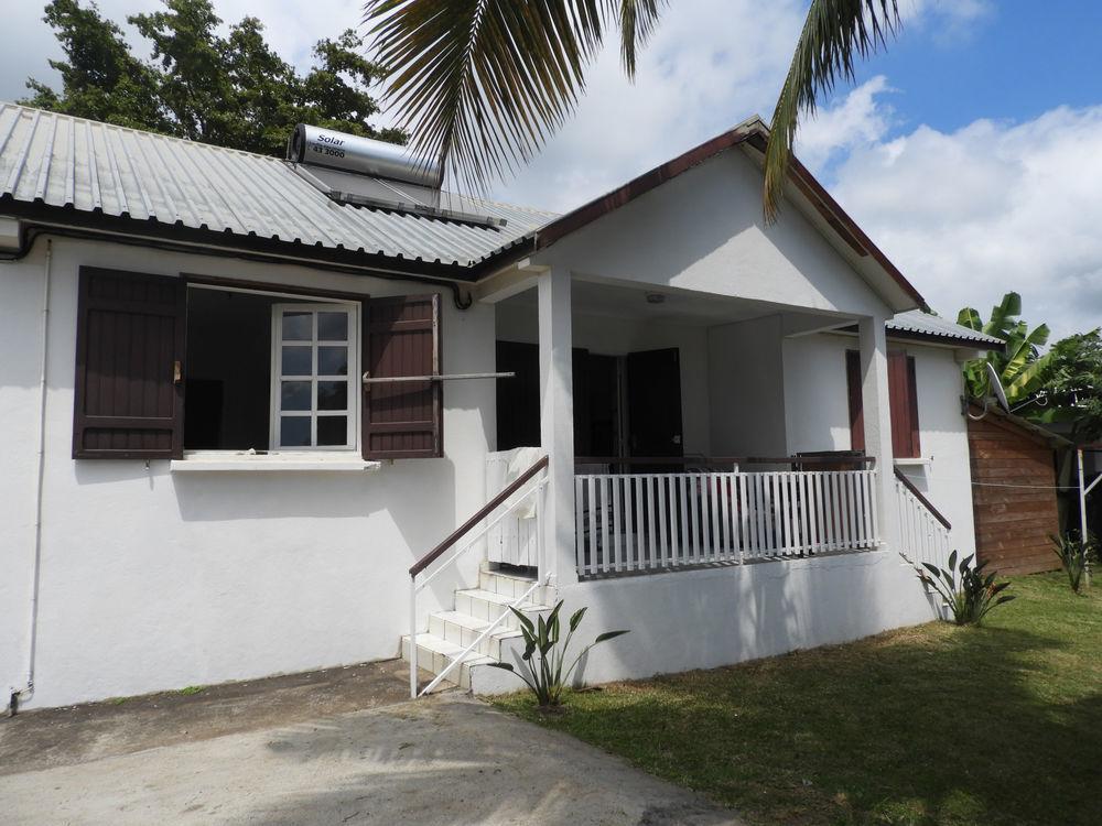 Vente Maison Maison - 4 pièces - 80 m2 avec terrain de 1200 m2  à St paul