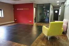 Bureaux Vide 158 m²