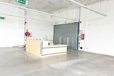 Local commercial 1233 m² 9086