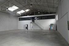 Local d'activité 465 m² 3200