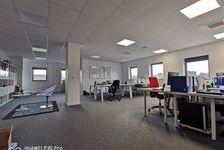 Bureaux Vide 142 m² 340000 33370 Tresses