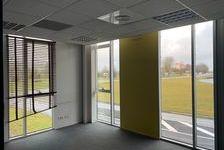 Bureaux Vide 230 m² 414000