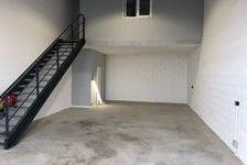 Local d'activité 93 m² 700