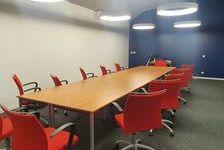 Bureaux Vide 700 m² 8166