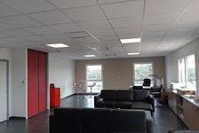Bureaux Vide 98 m² 980