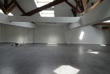 Bureaux Vide 110 m² 700