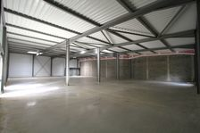Local commercial 680 m² 4533