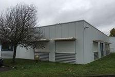 Bureaux Vide 79 m² 740