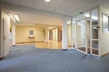 Bureaux Vide 670 m² 690000