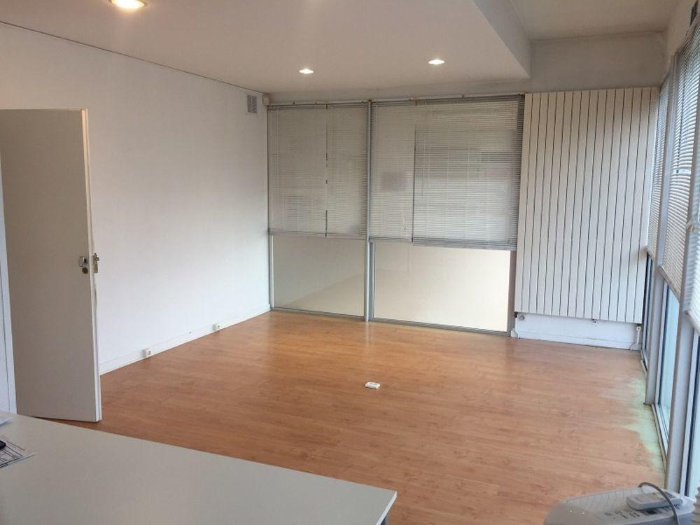 Local professionnel 27 m²
