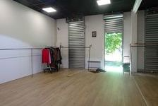 Local commercial 152 m² 1280