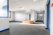 Bureaux Vide 300 m² 2503
