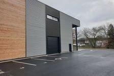 Local d'activité 855 m² 682500