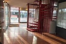 Local commercial 148 m² 1180