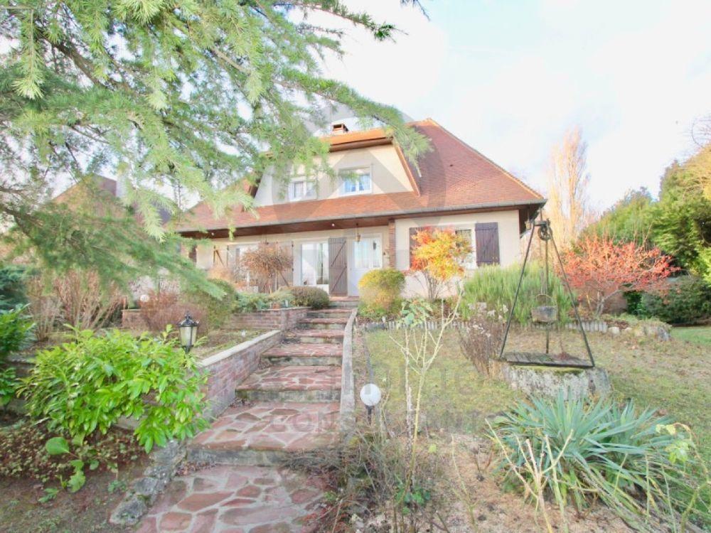 Vente Maison Maison/villa 8 pièces  à La genevraye