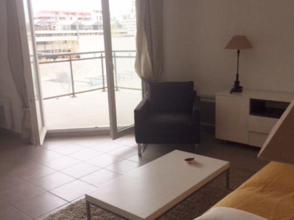 Vente Appartement Appartement 3 pièces Marseille 2