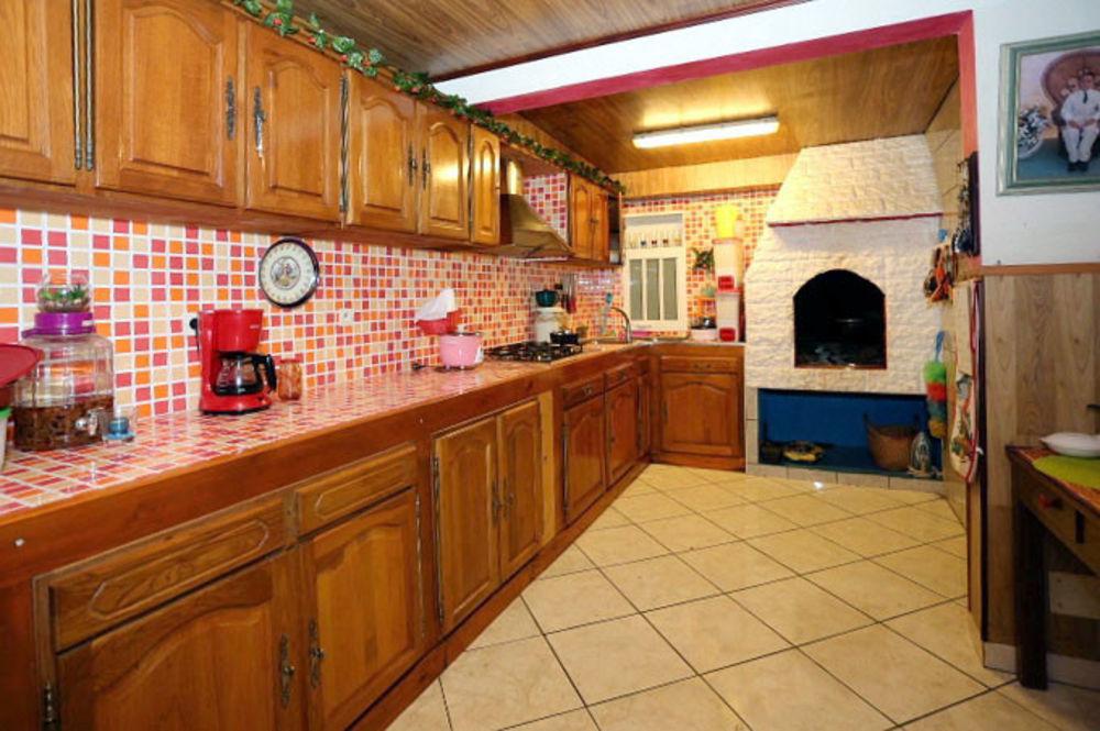 Maison - 6 pièce(s) - 100 m² 161500 Le Tampon (97430)