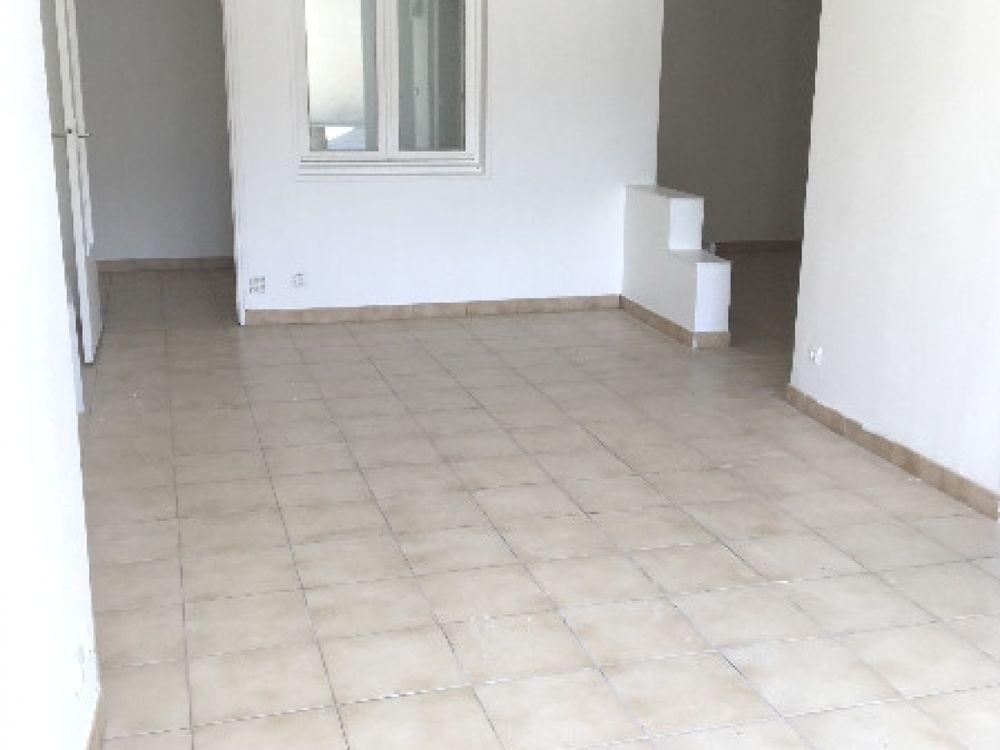 Location Appartement Appartement 1 pièces  à Le mesnil st denis