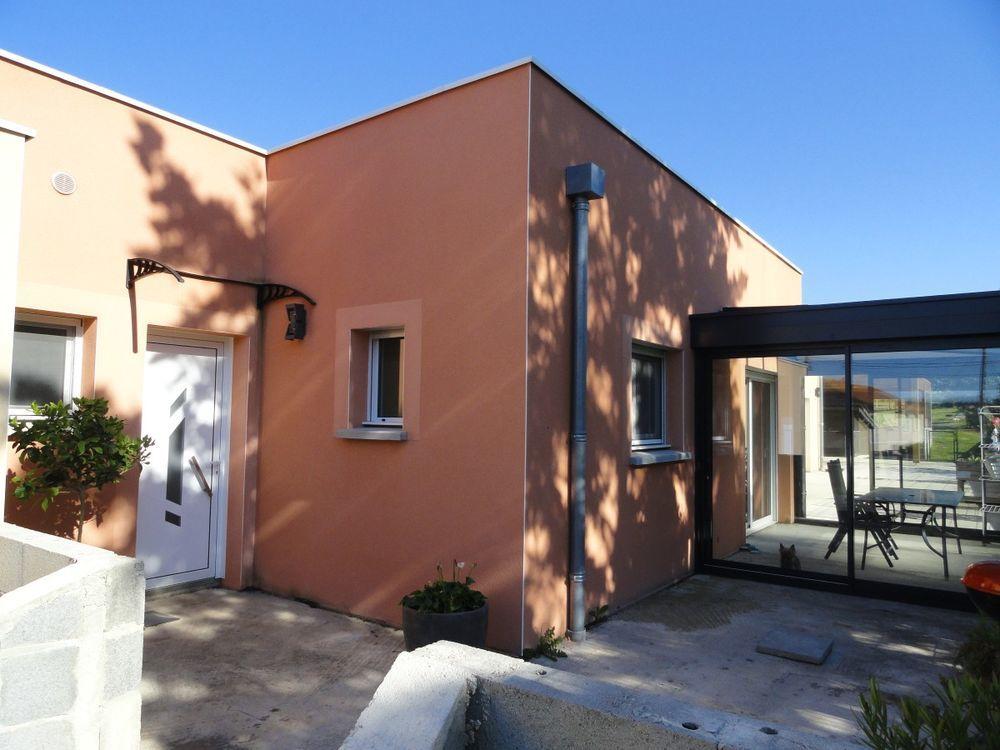 Vente Maison Maison/villa 4 pièces  à Issoire