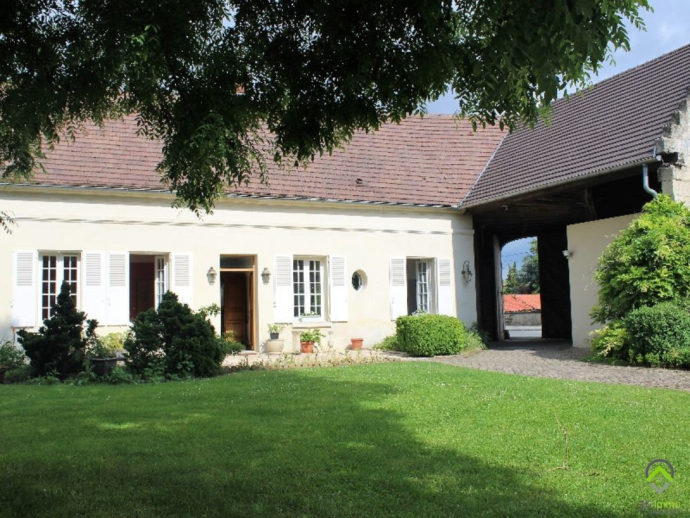 Vente Maison Maison/villa 6 pièces  à Compiegne