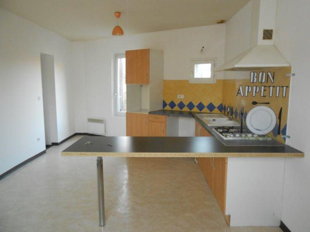Location Appartement SOMMIERES. F2 au 2ème étage  à Sommieres