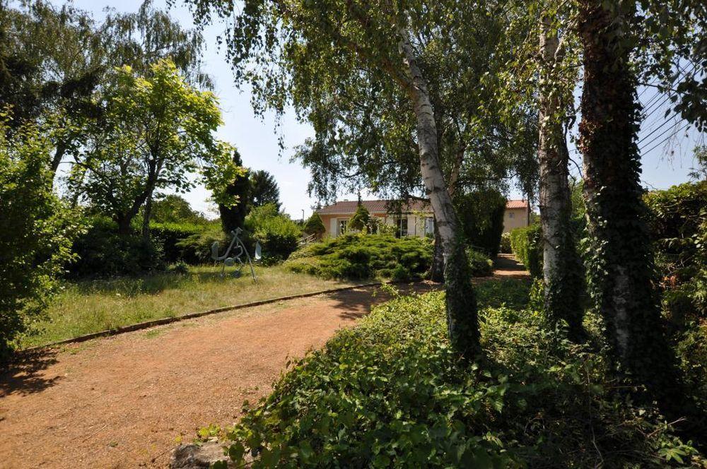 Vente Maison Maison de plain pied à Lucenay  à Lucenay