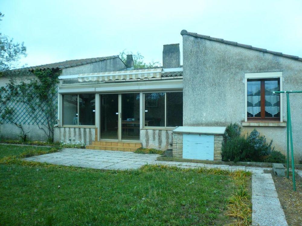 Vente Maison Villa avec jardin et vérandas  à L'isle sur la sorgue