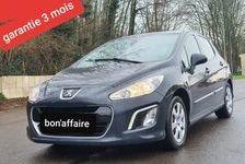 Peugeot 308 2011 - Gris - 1.6 hdi 92chv gps radar clim 3990 27200 Vernon