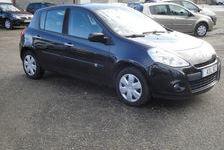 Renault Clio 2010 - Noir - 1.2 16V  eco2 essence expressionclim 6570 82000 Montauban