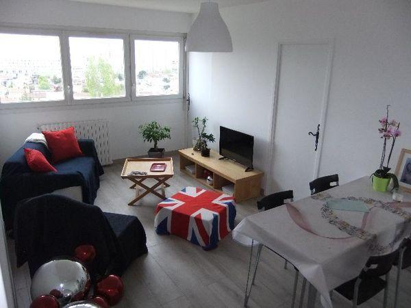 Annonce location appartement bordeaux 33000 21 m 400 for Location appartement atypique bordeaux 33000