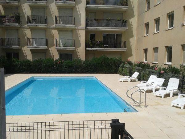 Annonce location appartement bordeaux 33000 18 m 455 for Location appartement atypique bordeaux 33000