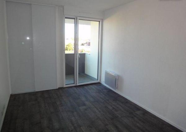 Annonce location appartement bordeaux 33000 19 m 430 for Location appartement atypique bordeaux 33000
