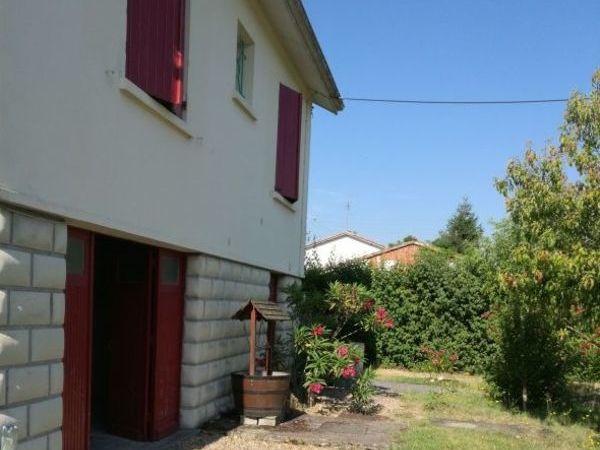 Annonce location maison saint m dard de guizi res 33230 for Annonces de location de maison