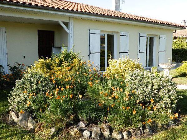 Annonce location appartement saint m dard en jalles for Entretien jardin saint medard en jalles