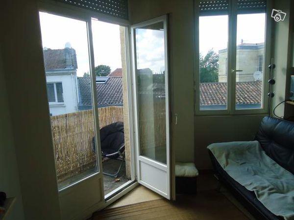 Annonce location appartement bordeaux 33000 35 m 540 for Location appartement atypique bordeaux 33000