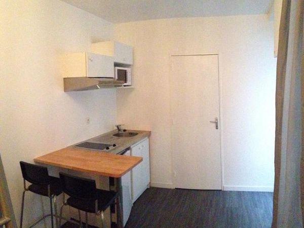 Annonce location appartement bordeaux 33000 16 m 440 for Location appartement atypique bordeaux 33000