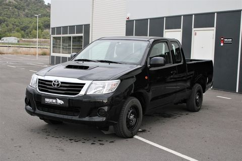 Toyota Hilux III 2WD 2.5 D-4D X-TRA CABINE 2009 occasion Peyrolles-en-Provence 13860