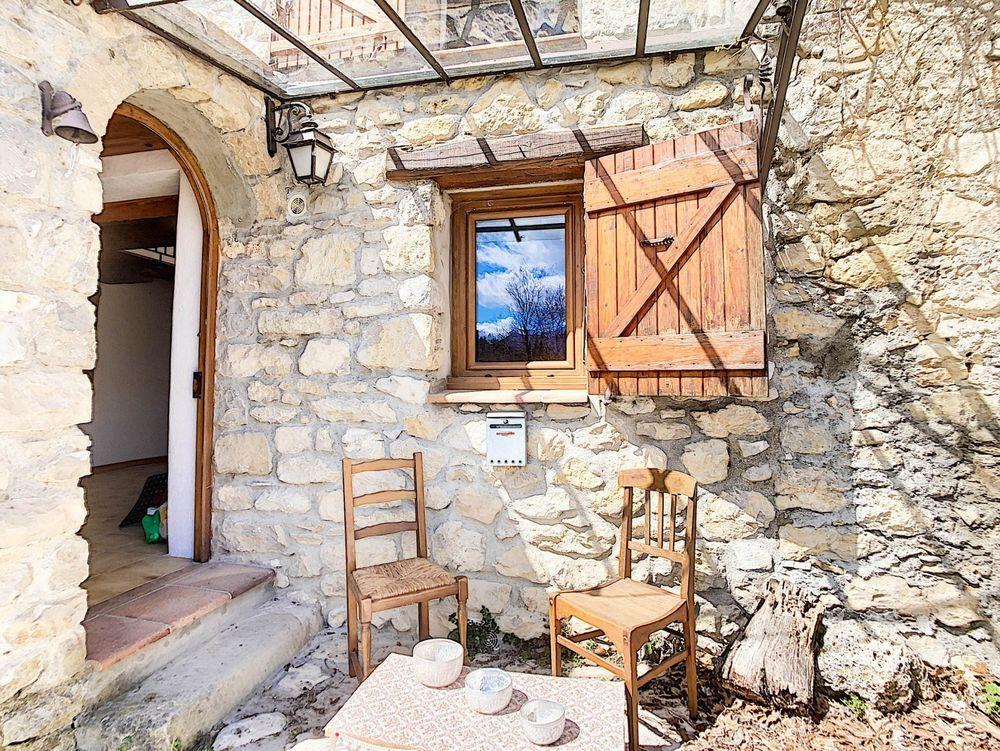 Vente Maison Maison de village, belle cave, petite terrasse Annot
