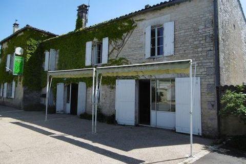 AIGRE - Immeuble - 10 Pièces - 257m² 189000 Aigre (16140)