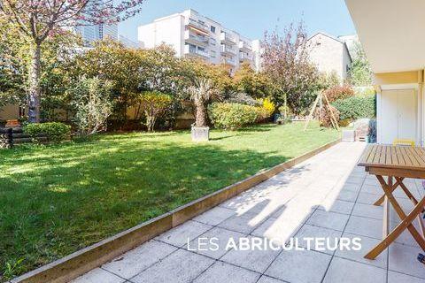PUTEAUX/REPUBLIQUE APPARTEMENT 5 PIECES 4 CHAMBRES - 102 m2 - TE 1250000 Puteaux (92800)