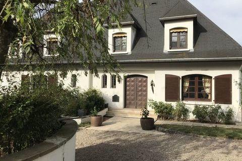 MIRECOURT - Maison - 5 Pièces - 270m² 347000 Mirecourt (88500)