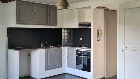 FLASSANS-SUR-ISSOLE - Appartement - 3 Pièces - 46m² 95000 Flassans-sur-Issole (83340)