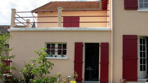PLAISANCE - Maison - 5 pièces - 182 m² 157000 Plaisance (86500)