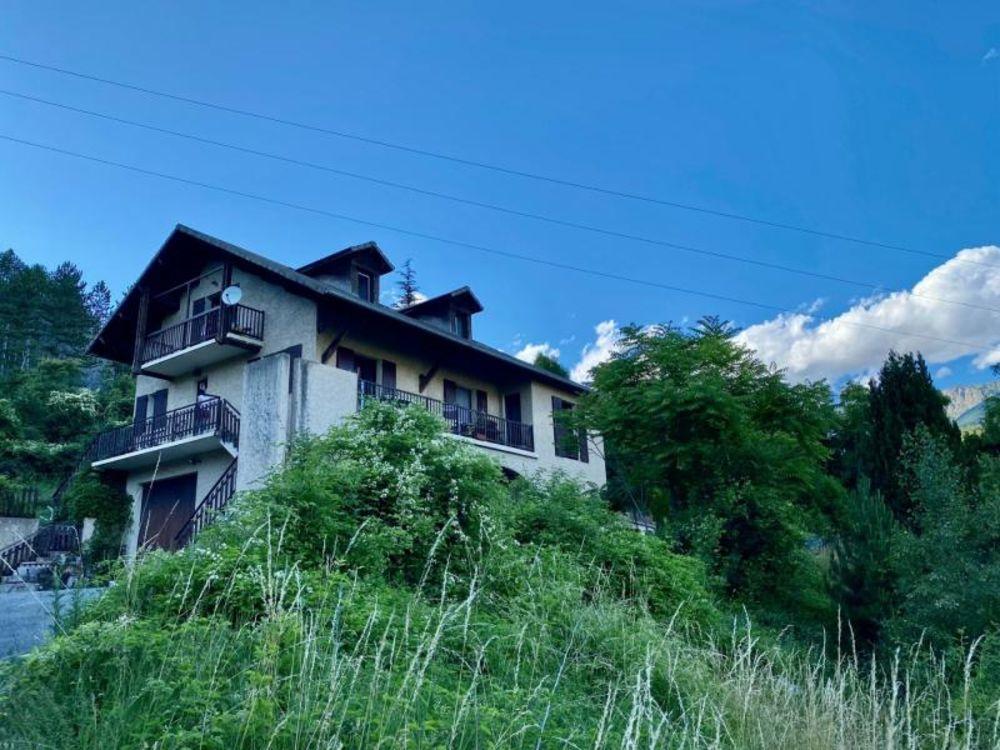 Vente Immeuble Immeuble proche du lac Savines le lac