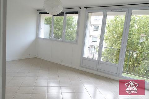 Appartement 5 pièces 82 m2 1390 Le Plessis-Robinson (92350)