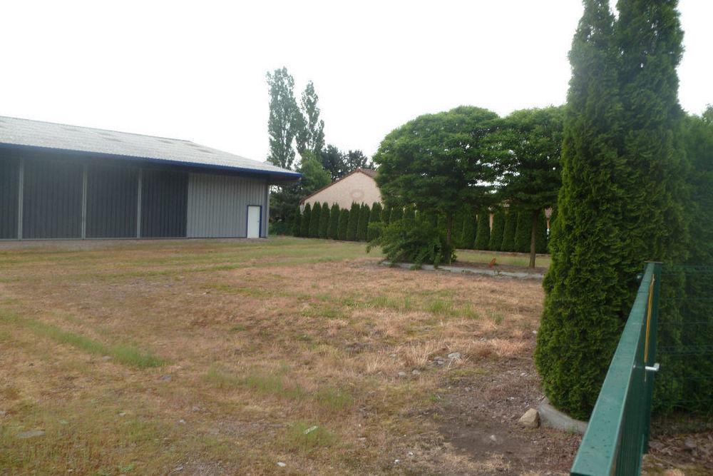 SAINT NABORD - Bâtiment plain pied de 480 m²