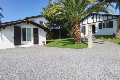 Grande maison de plain-pied de style basco-andalou à Saint-Jean-de-Luz avec potentiel commercial. 1390000 Saint-Jean-de-Luz (64500)