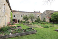 Maison Neuville-de-Poitou (86170)